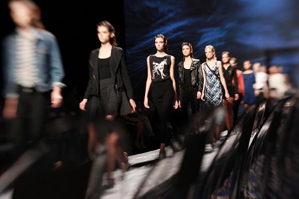 Teseo 7 Fashion